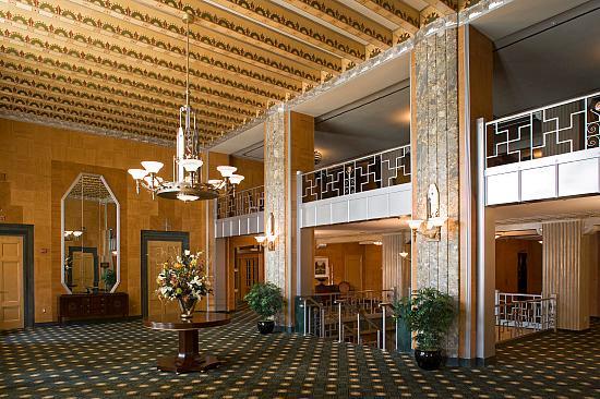 kennedy-warren-interior